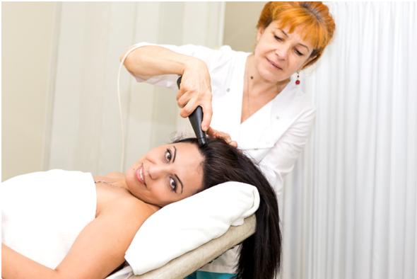 массаж кожи головы фото